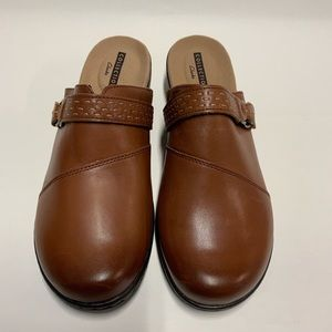 Collection Clark's Soft Cushion Shoes Size 10